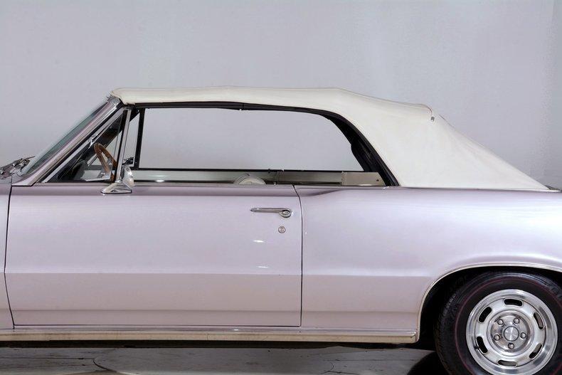 1965 Pontiac GTO Image 24