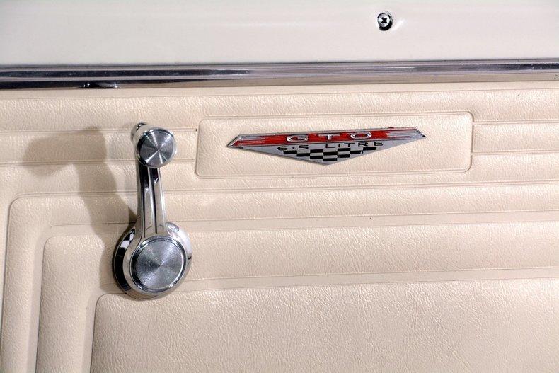 1965 Pontiac GTO Image 34
