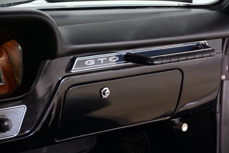 1965 Pontiac GTO Image 61