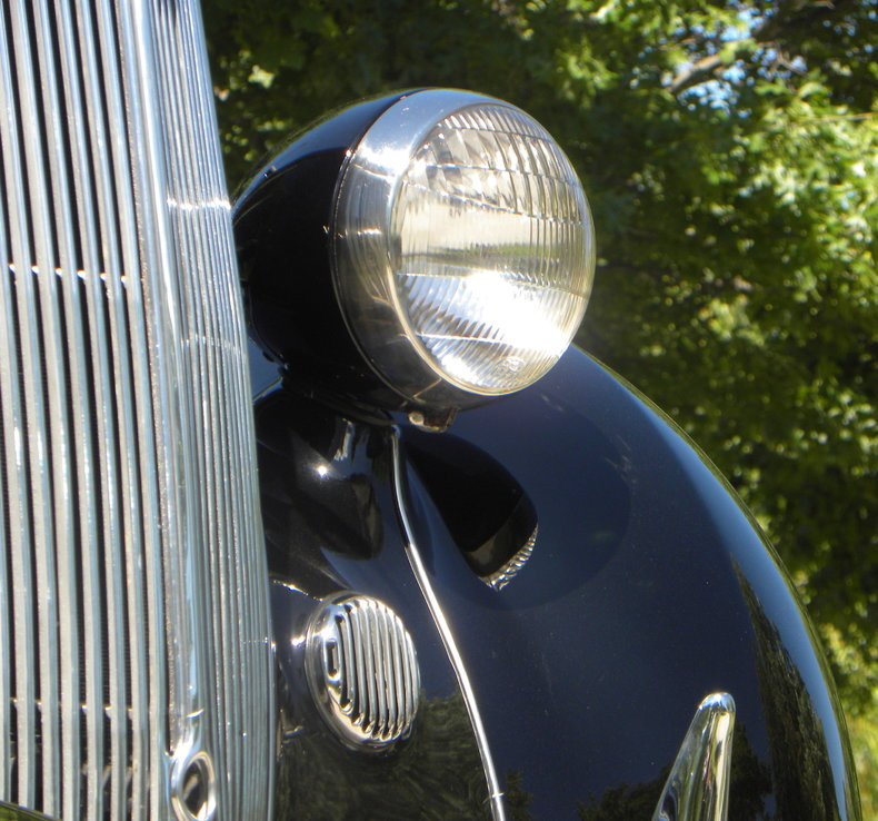 1936 Ford Model 68 Image 16