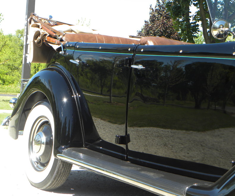 1936 Ford Model 68 Image 37