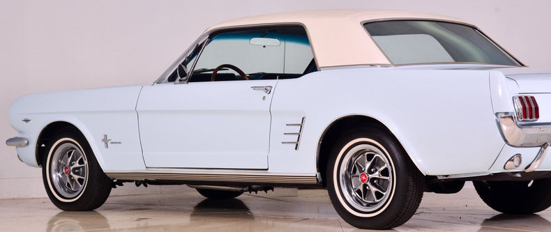 1966 Ford Mustang Image 12