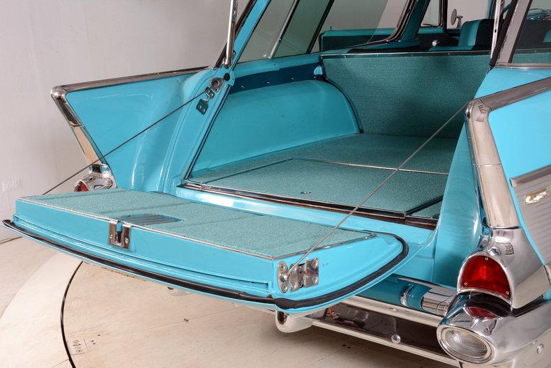 1957 Chevrolet Nomad Image 40