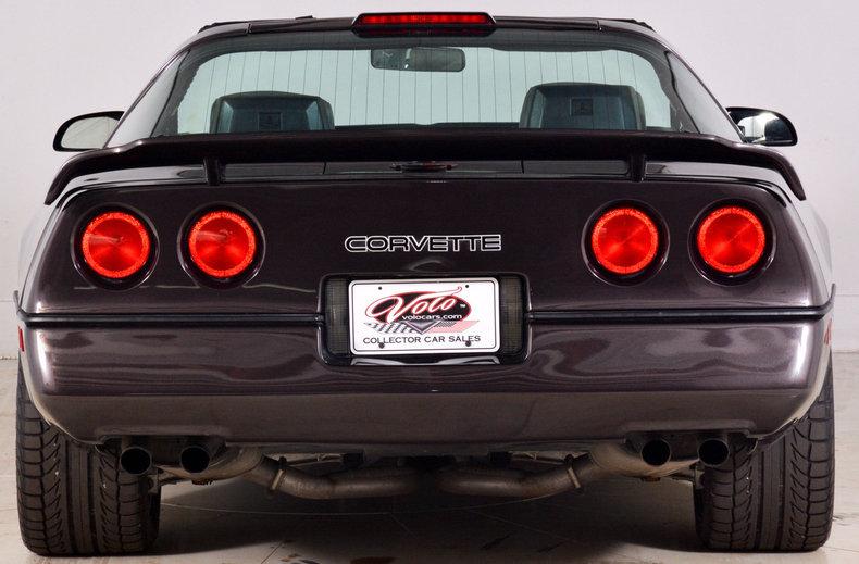 1989 Chevrolet Corvette Image 5
