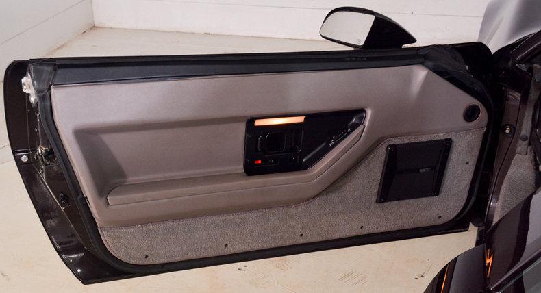 1989 Chevrolet Corvette Image 20