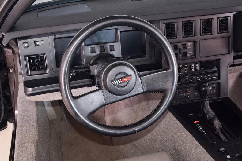 1989 Chevrolet Corvette Image 2