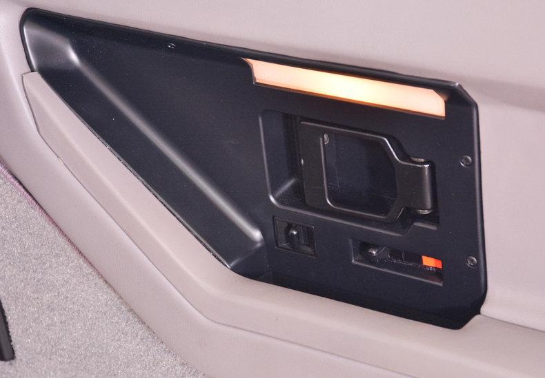 1989 Chevrolet Corvette Image 46