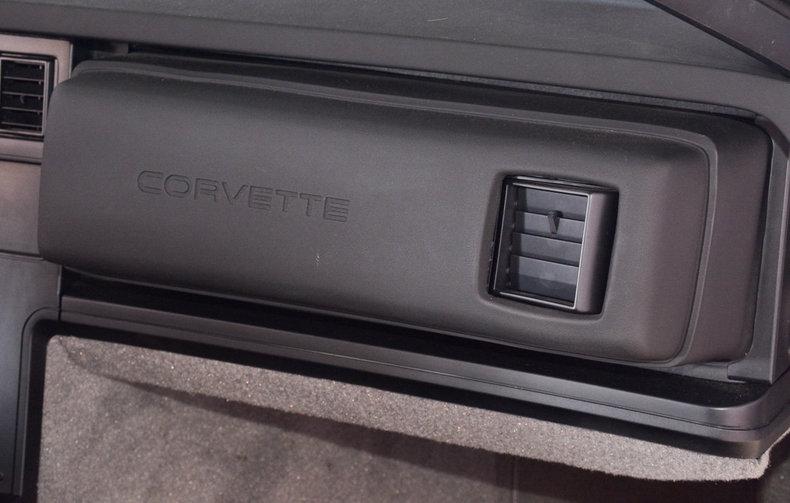 1989 Chevrolet Corvette Image 41