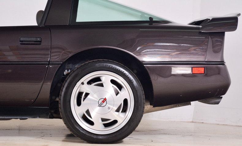 1989 Chevrolet Corvette Image 7