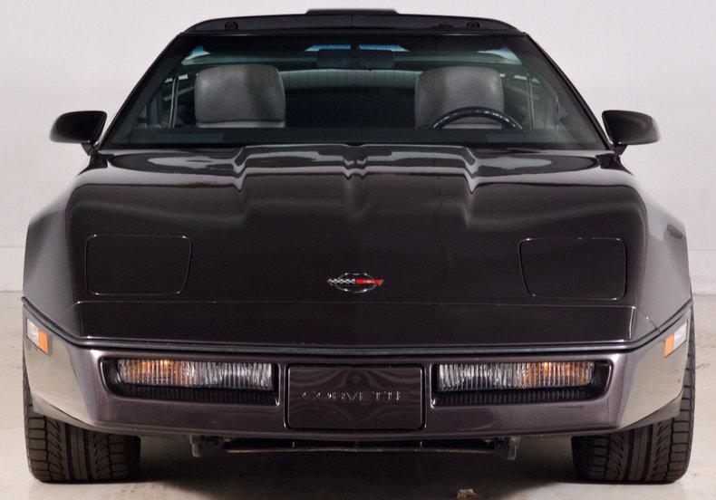 1989 Chevrolet Corvette Image 10
