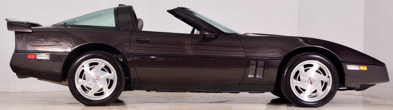 1989 Chevrolet Corvette Image 30