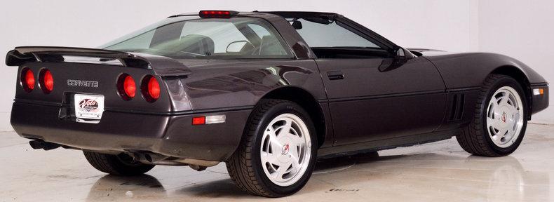 1989 Chevrolet Corvette Image 3