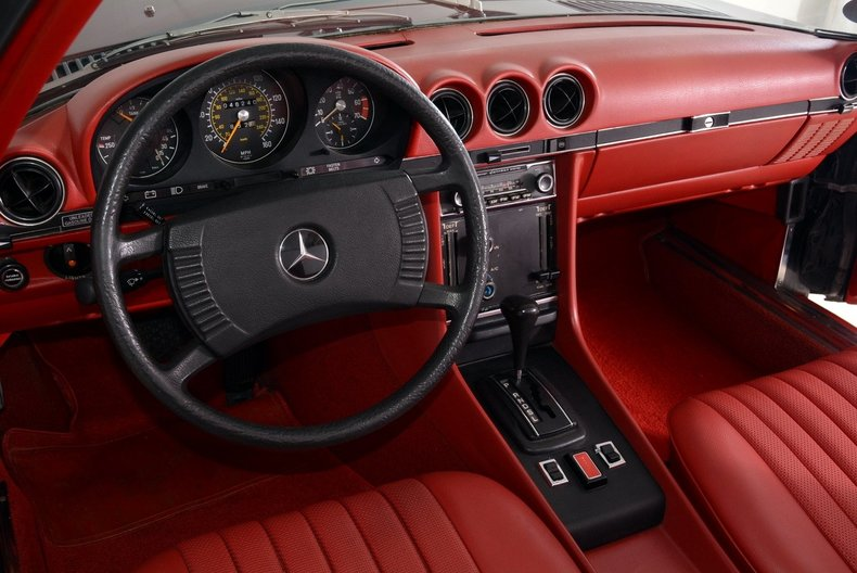 1976 Mercedes-Benz 450SL Image 2
