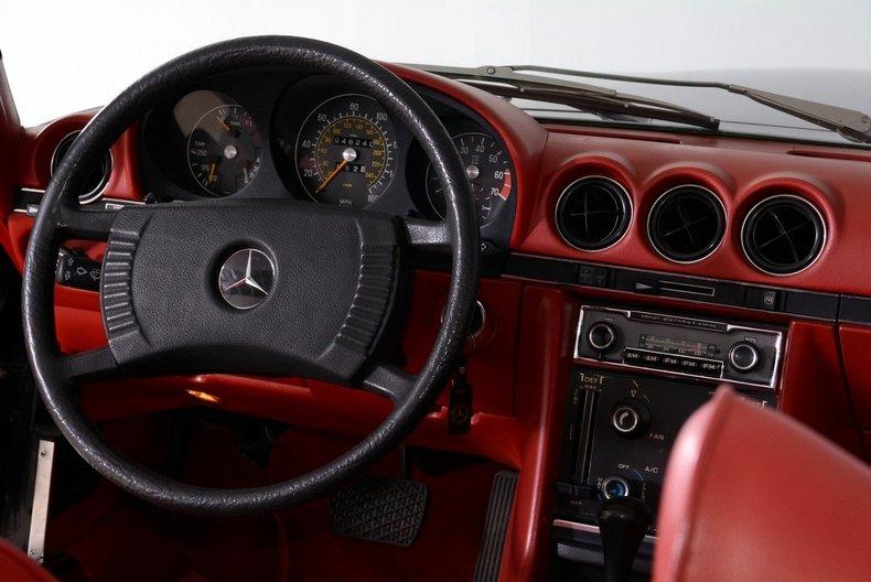 1976 Mercedes-Benz 450SL Image 12