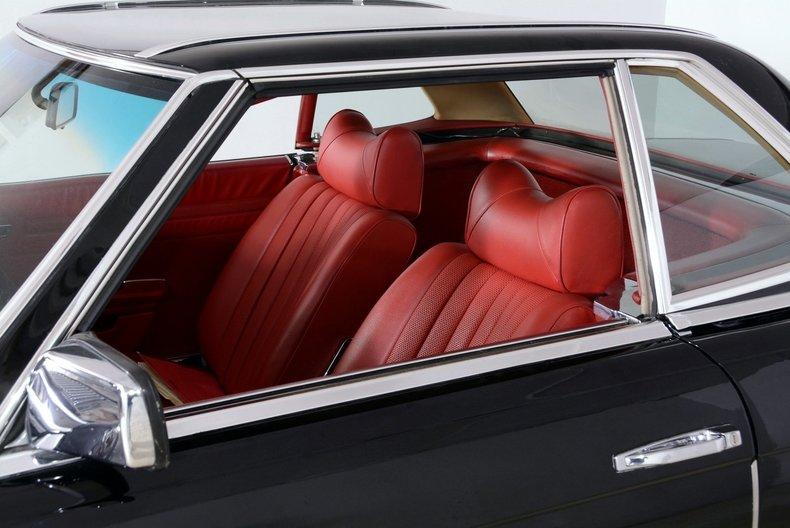 1976 Mercedes-Benz 450SL Image 14
