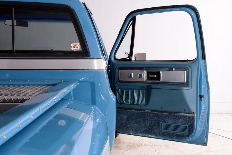 1977 Chevrolet C10 Image 85