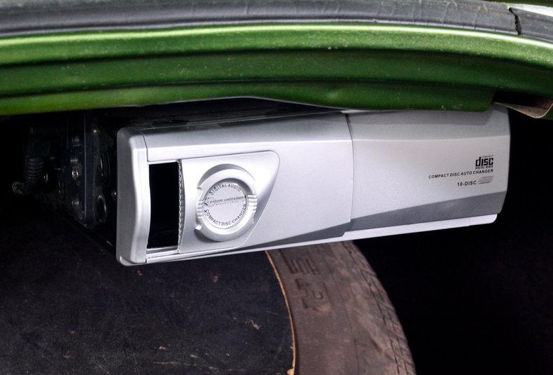 1972 Buick Riviera Image 16