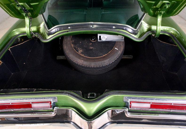 1972 Buick Riviera Image 17