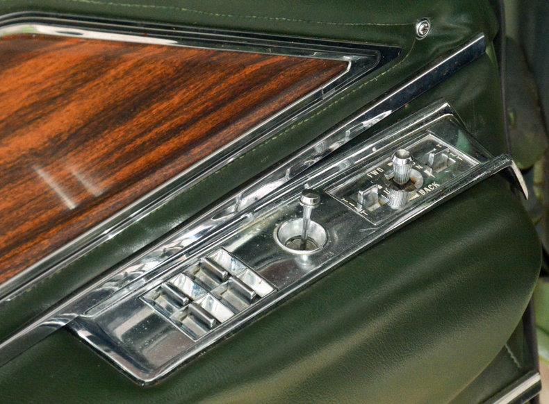 1972 Buick Riviera Image 26