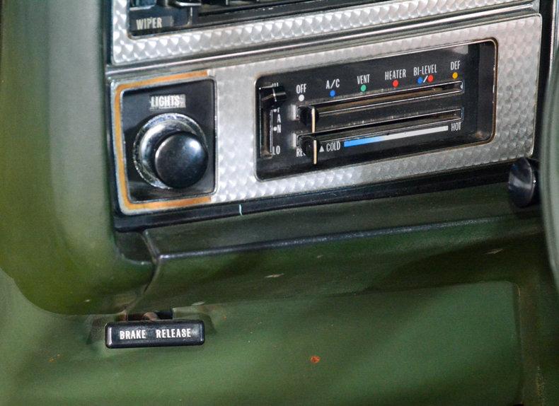 1972 Buick Riviera Image 32