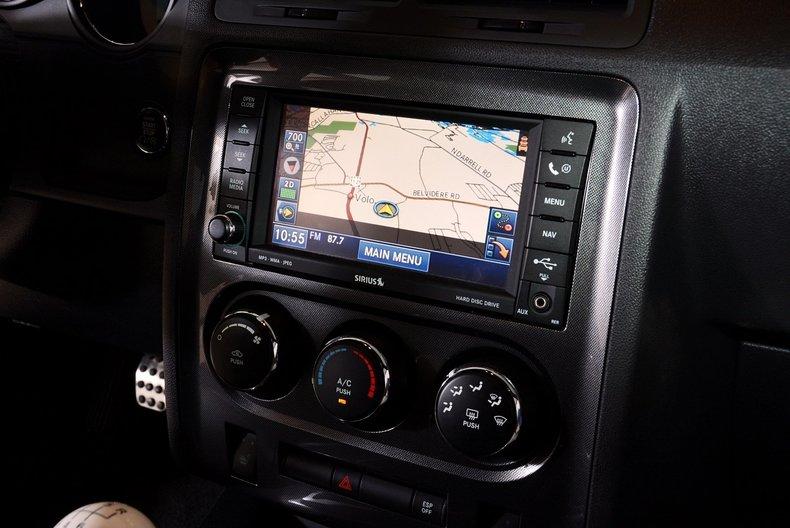 2010 Dodge Challenger Image 16