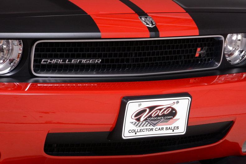 2010 Dodge Challenger Image 38