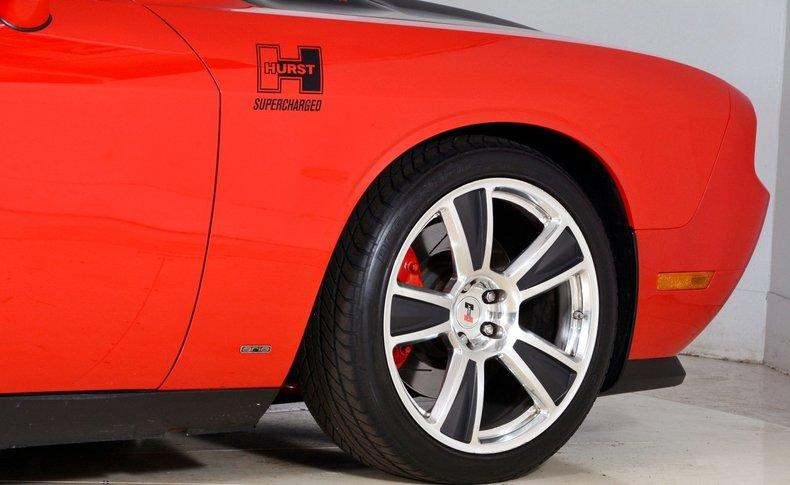 2010 Dodge Challenger Image 43
