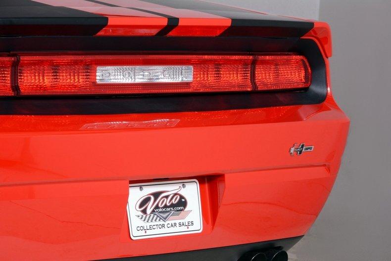 2010 Dodge Challenger Image 46