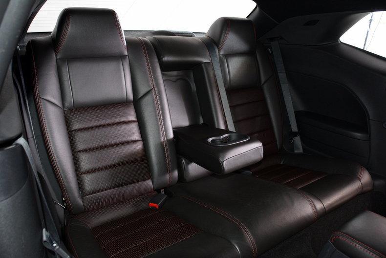 2010 Dodge Challenger Image 47