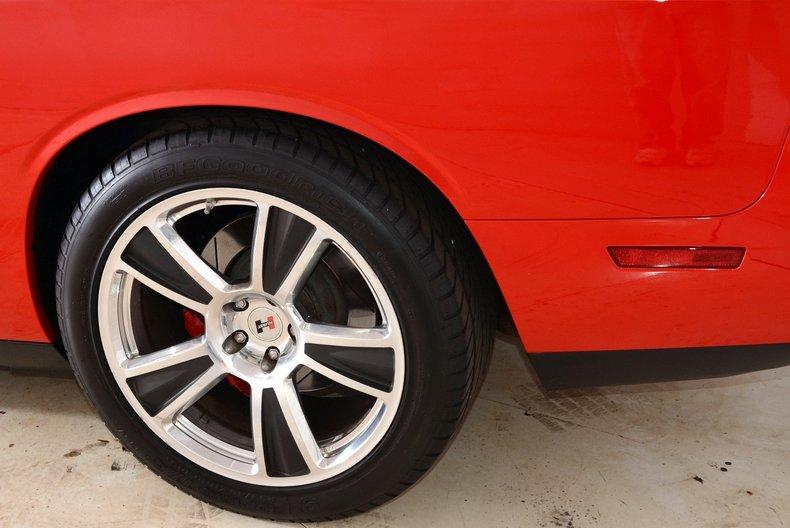 2010 Dodge Challenger Image 51