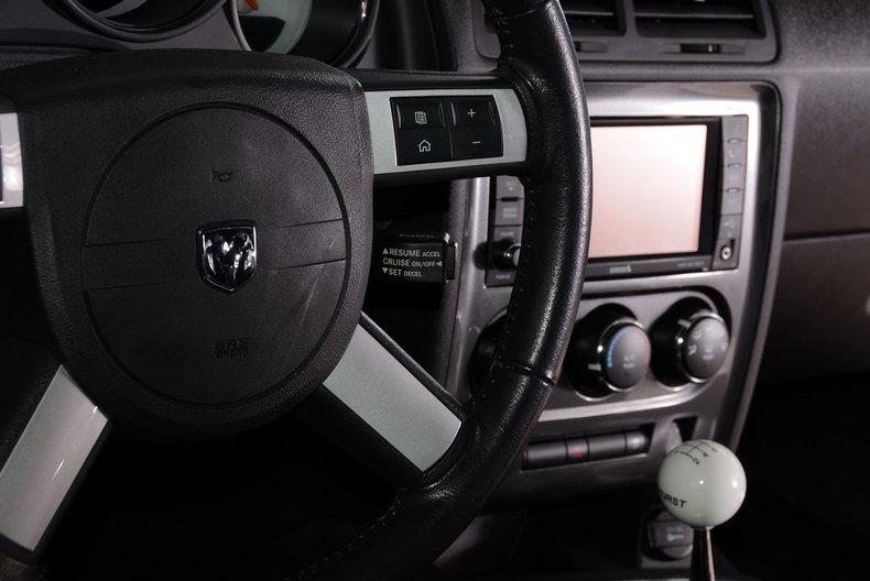 2010 Dodge Challenger Image 60