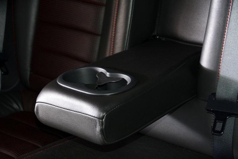 2010 Dodge Challenger Image 66