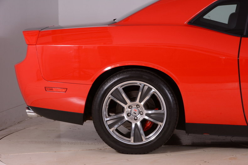 2010 Dodge Challenger Image 67