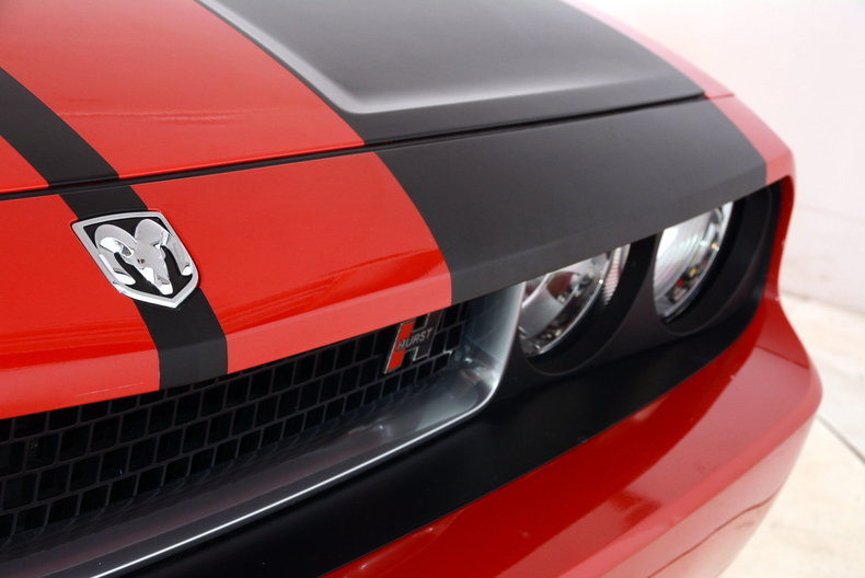 2010 Dodge Challenger Image 73
