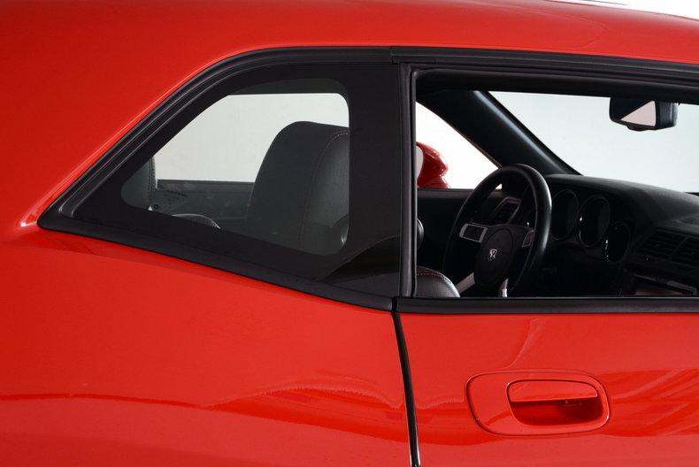 2010 Dodge Challenger Image 75