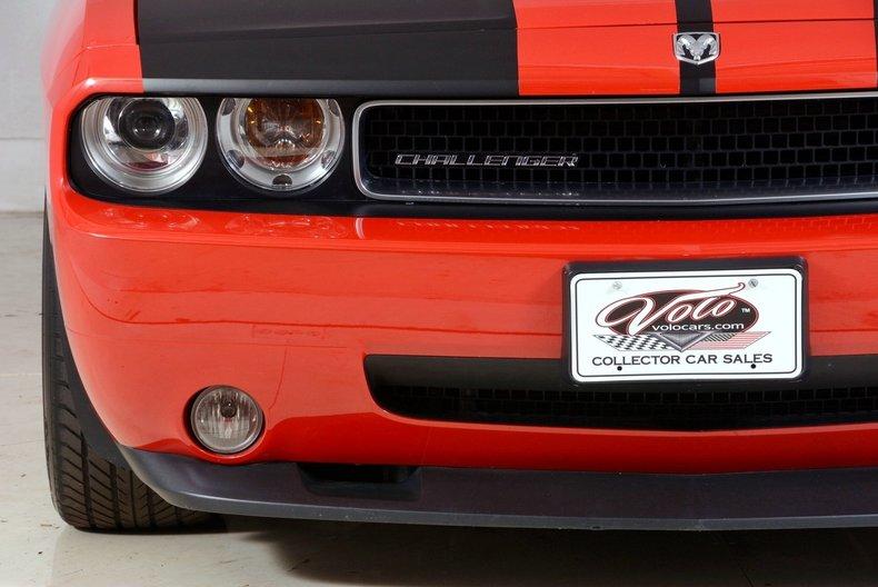 2010 Dodge Challenger Image 80