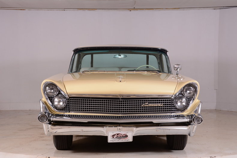 1959 Lincoln Continental Image 18