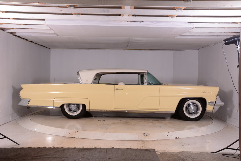 1959 Lincoln Continental Image 46