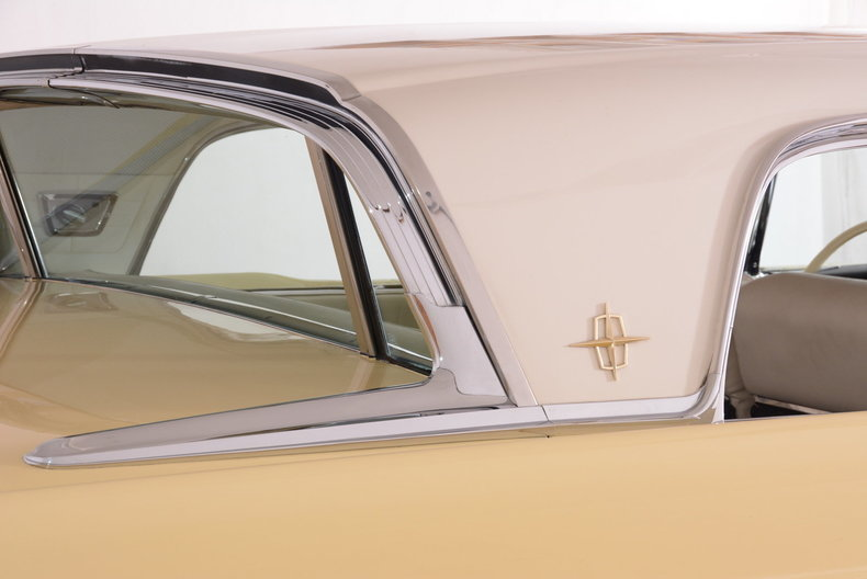 1959 Lincoln Continental Image 48