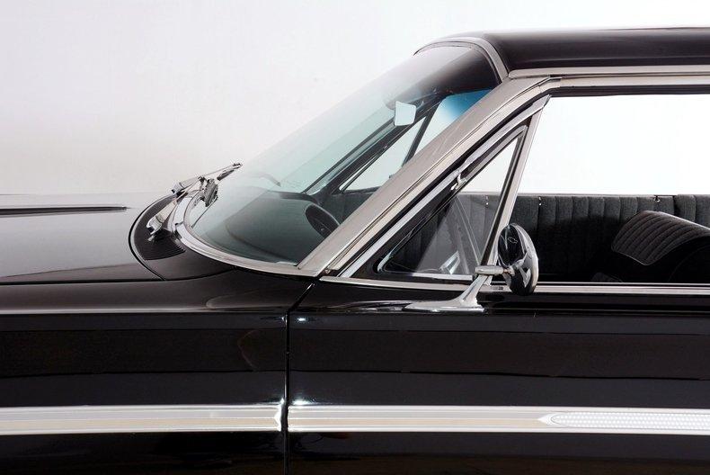 1964 Chevrolet Impala Image 11