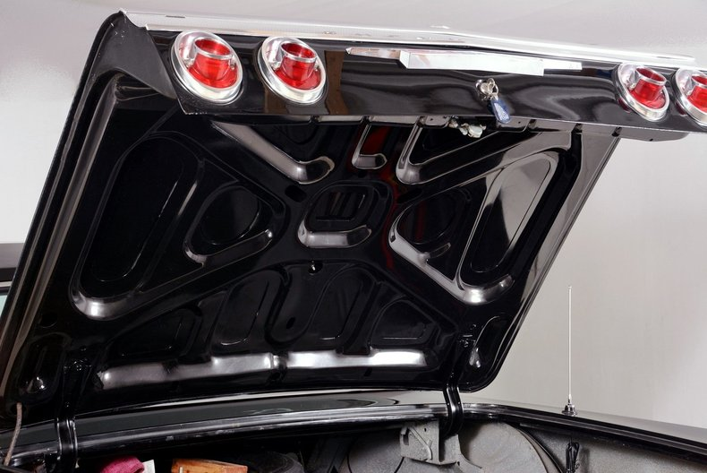 1964 Chevrolet Impala Image 73