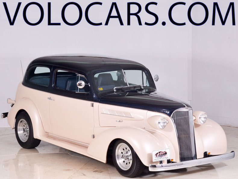 1937 Chevrolet Special Deluxe Image 1