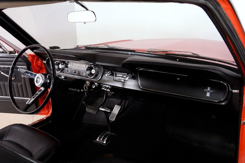 1965 Ford Mustang Image 31