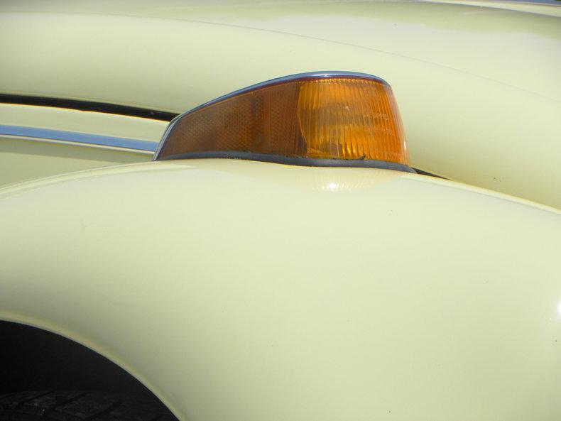 1970 Volkswagen Beetle Image 12