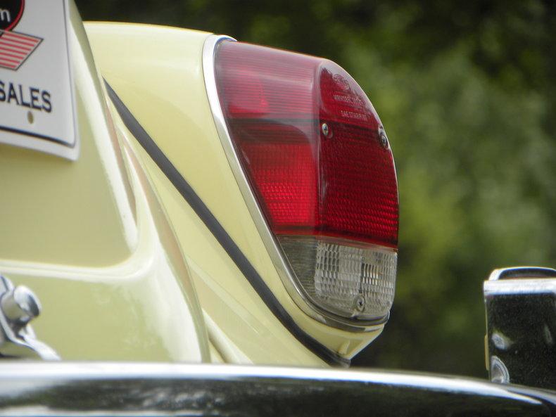 1970 Volkswagen Beetle Image 27