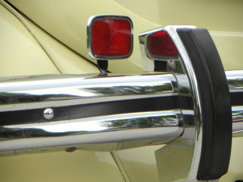 1970 Volkswagen Beetle Image 28