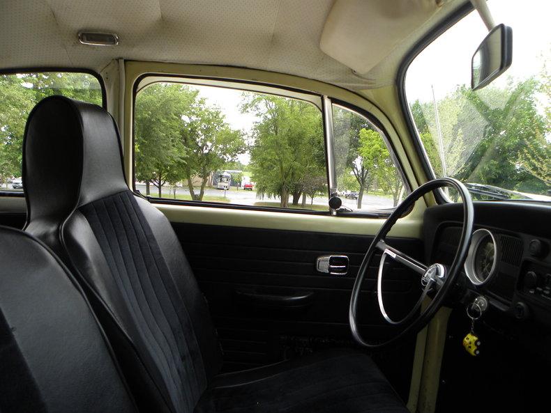 1970 Volkswagen Beetle Image 38