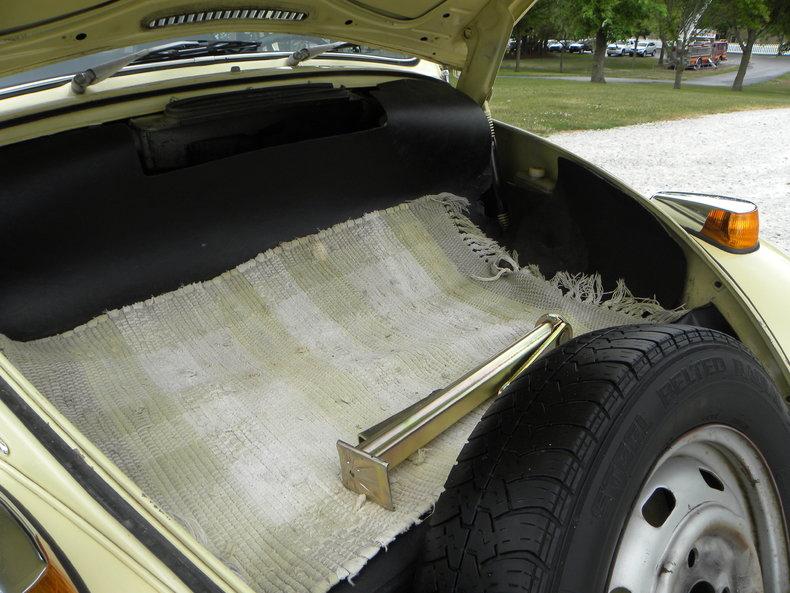 1970 Volkswagen Beetle Image 46