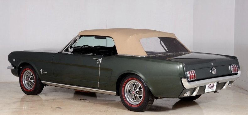 1965 Ford Mustang Image 33
