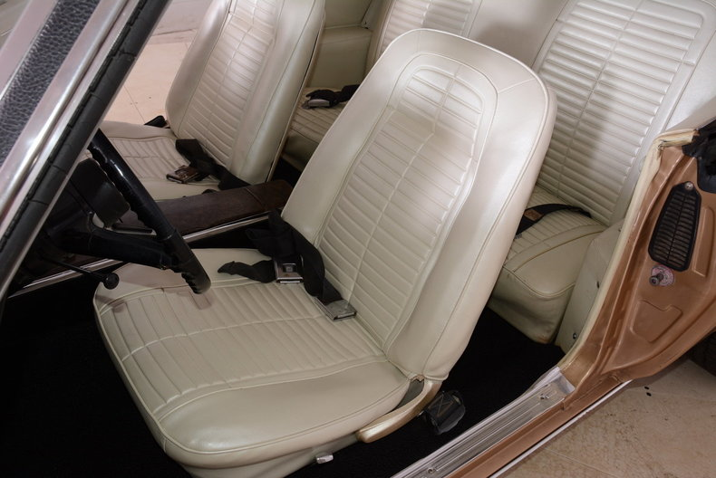 1968 Pontiac Firebird Image 8